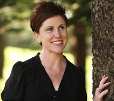 2013 Recipient Samantha Meyne